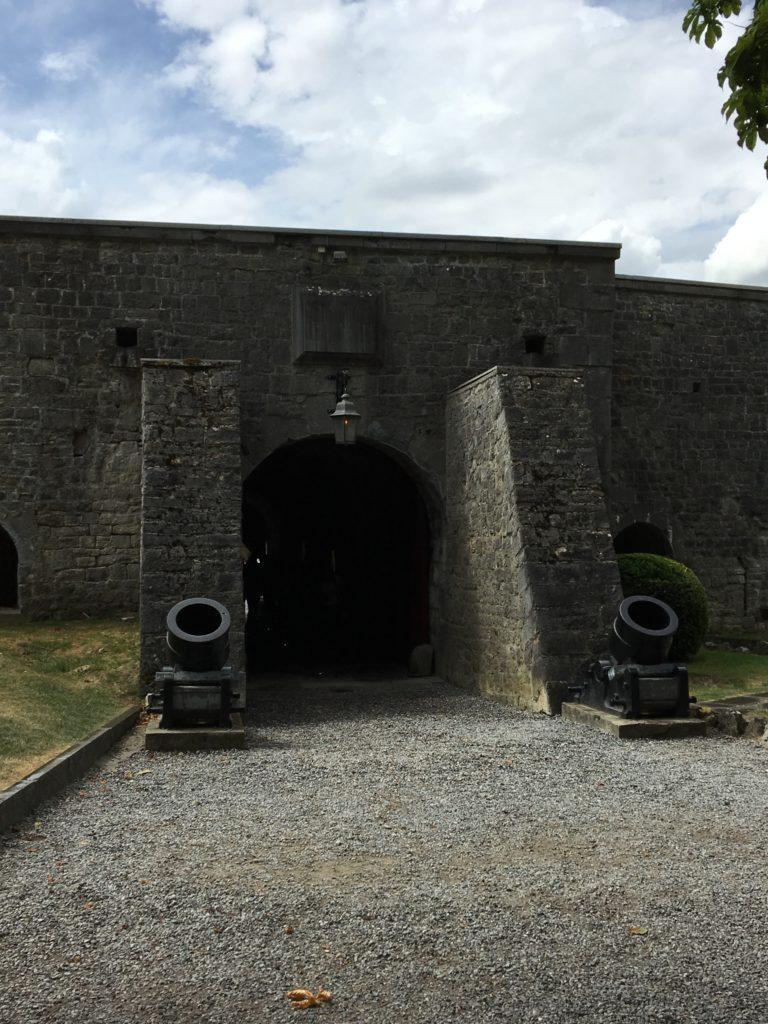 porte d'entrée de la citadelle de Dinant