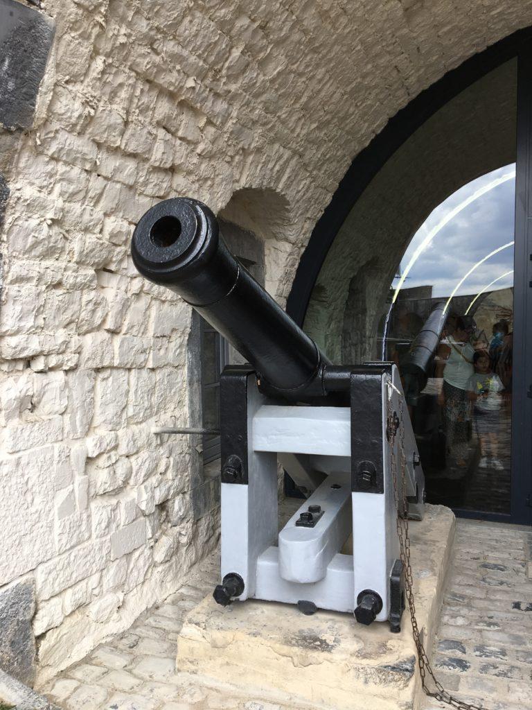 canon de 2 tonnes